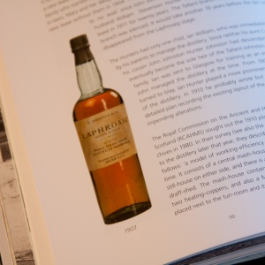 Van-Gils-Offringa-200-years-of-Laphroaig-002